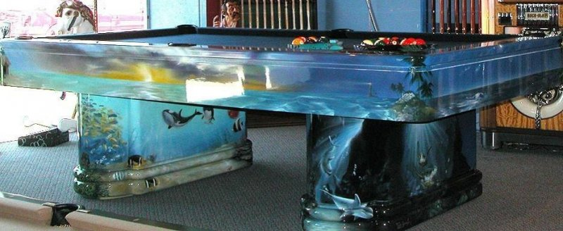 fish tank table.jpg
